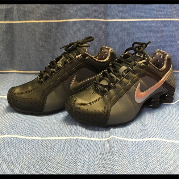 lowest price 3520a b631a Women's Nike shox junior, size 6, nwt NWT